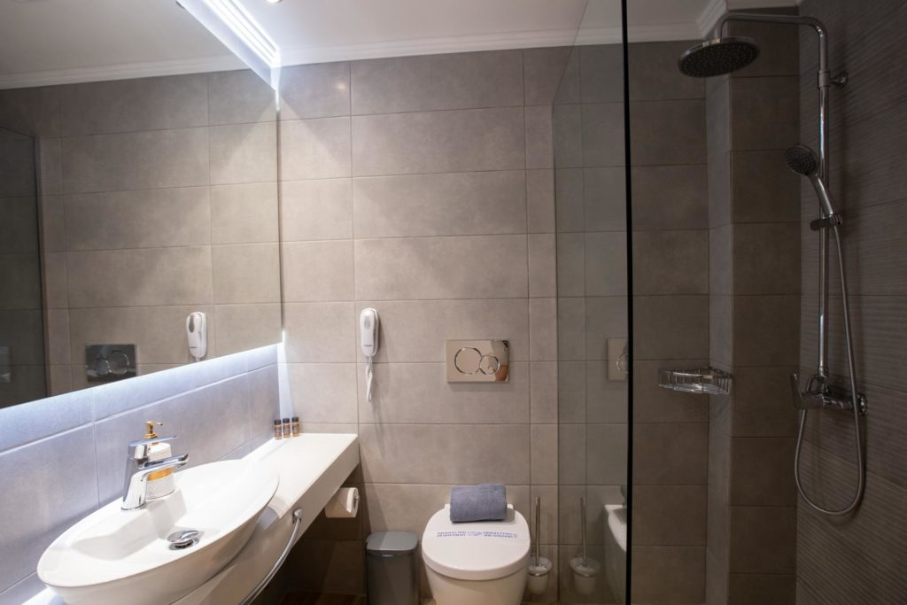 Double Room Bathroom Toilet Marvel Deluxe Rooms Heraklion Crete
