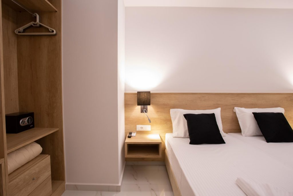 Double Room Bed Details 3 Marvel Deluxe Rooms Heraklion Crete