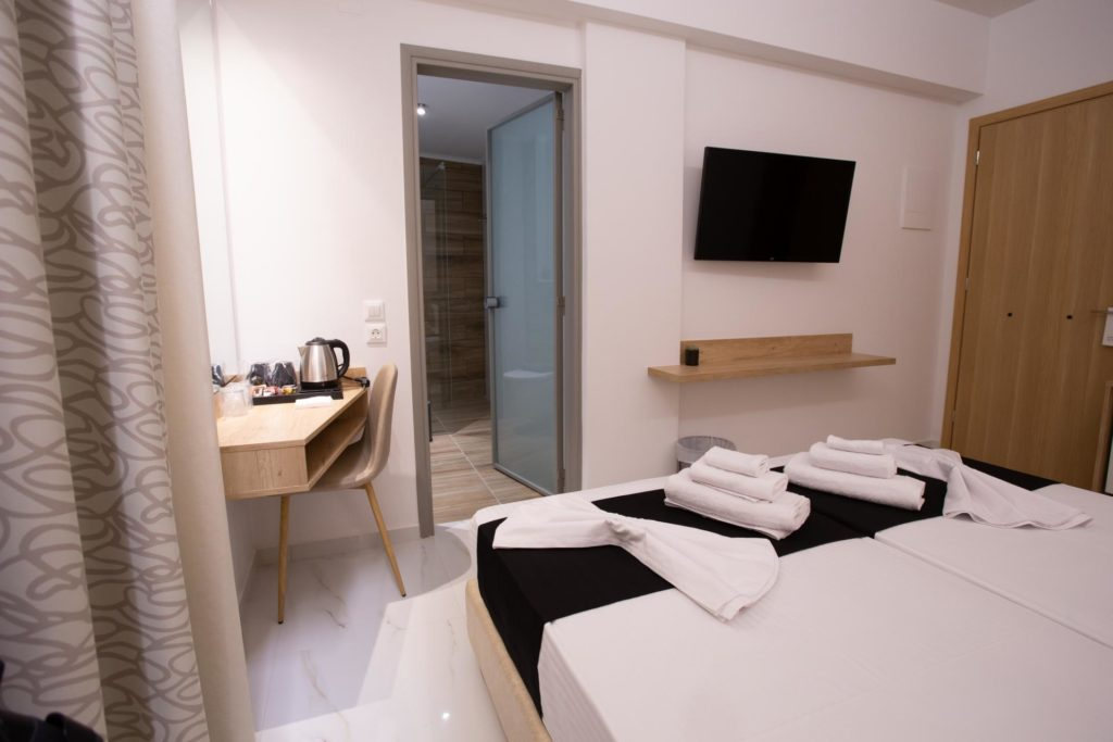 Double Room Bed Details 7 Marvel Deluxe Rooms Heraklion Crete
