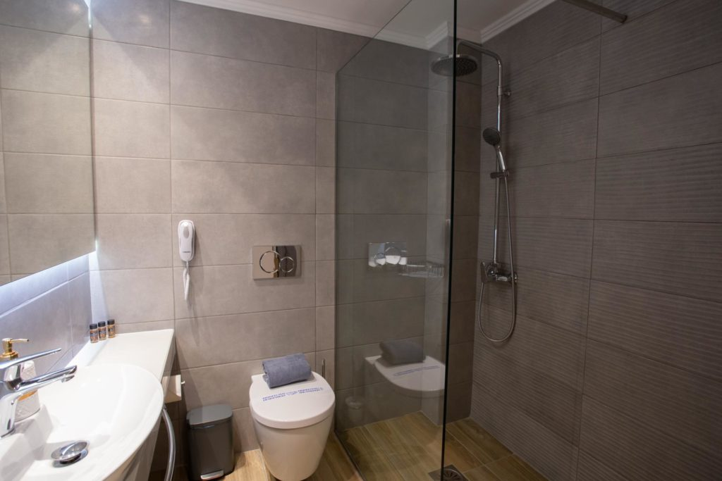 Quadruple Room Bathroom 3 Marvel Deluxe Rooms Heraklion Crete