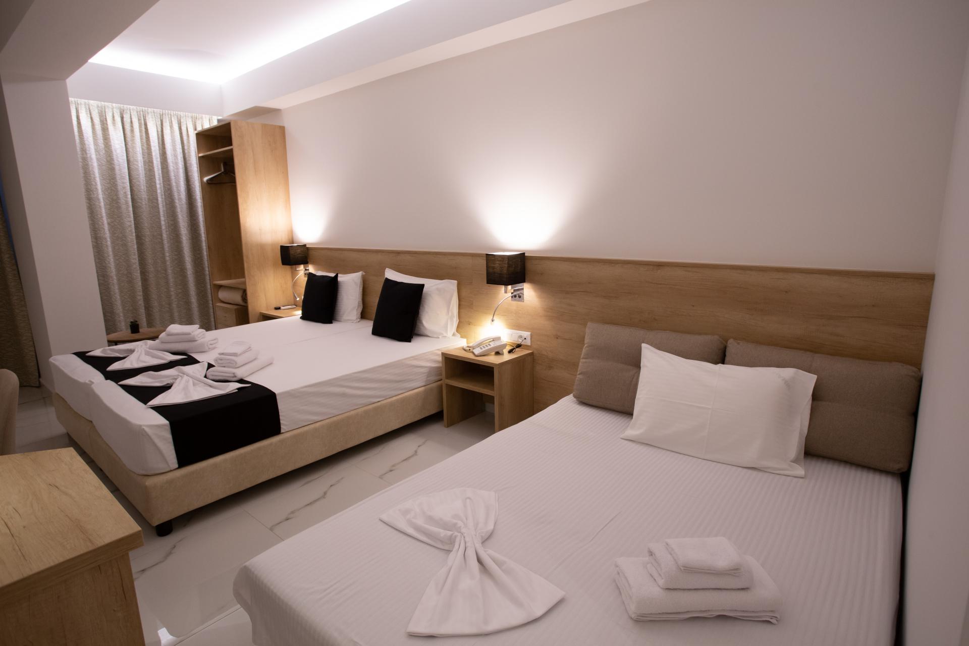 Triple Room 1-Marvel Deluxe Rooms Heraklion Crete
