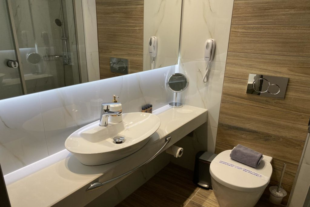 Triple Room Bathroom 1-Marvel Deluxe Rooms Heraklion Crete